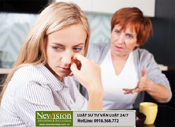 Bố mẹ chồng cũ can thiệp vào việc chia tài sản sau ly hôn, xử lý như nào?