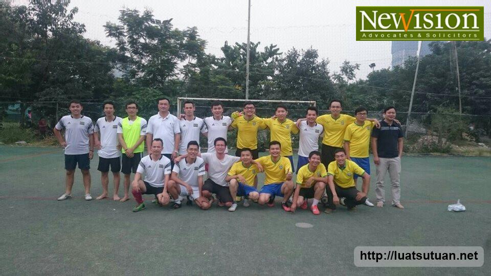 Giao hữu bóng đá giữa FC Newvision Law với Bộ Khoa học & Công nghệ