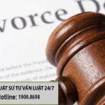 Ly hôn với chồng khi bố chồng giữ giấy đăng ký kết hôn